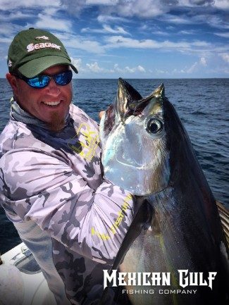 Huk gear sponsors mexican gulf fishing co venice la for Huk fishing gear