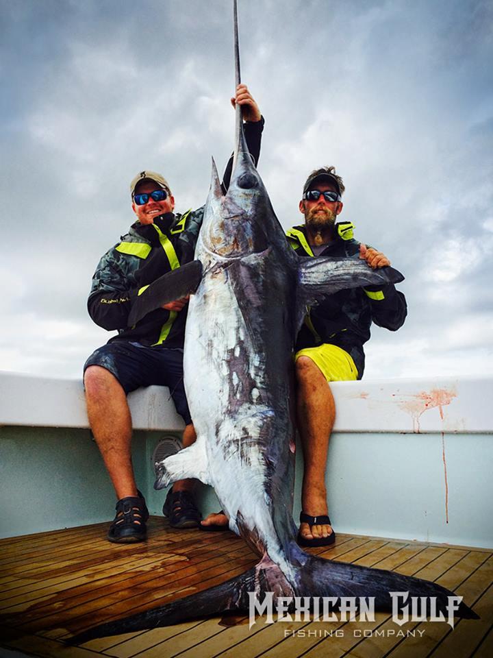 huk gear offshore fishing. huk all weather rain gear. MGFC, Venice, LA